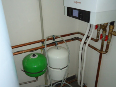 RD Rychvald - tepelné čerpadlo, podlahové vytápění - 1617815240_rd-rychvald-tepelne-cerpadlo-05.jpg